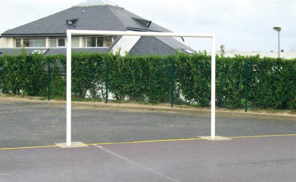1 BUT HANDBALL/FOOTBALL Ø 102 mm - ACIER G+P - SCELLEMENT DIRECT-1